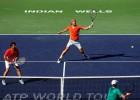 Feliciano López y Marc López avanzan a semis en dobles