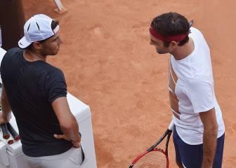 Federer mantiene en el aire su participación en Roma