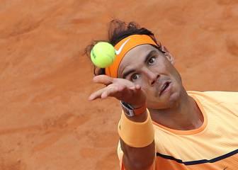 Nadal cae pero está más cerca de Djokovic antes de París