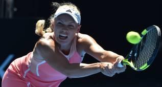 Wozniacki y Bencic se lesionan y no estarán en Roland Garros