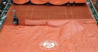La lluvia obliga a suspender la jornada de Roland Garros