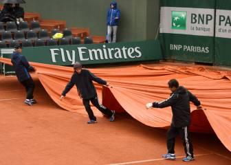 La lluvia da un respiro y da paso a los partidos de Roland Garros