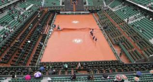 La lluvia azota al único Grand Slam que aún no tiene techo
