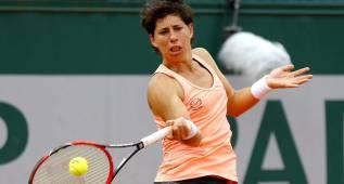 Carla Suárez pasa y Angelique Kerber cae en Roland Garros