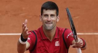 Djokovic pasa sin problemas a segunda ronda de Roland Garros