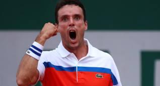 Bautista, sexto español en octavos, se cita con Djokovic