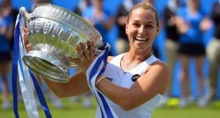 Dominika Cibulkova gana el título en la hierba de Eastbourne