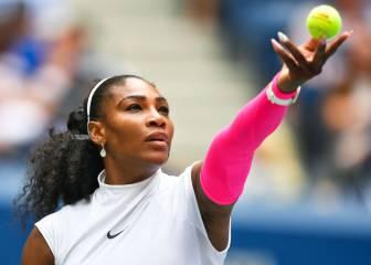 Serena vence a Larsson, iguala a Federer y supera a Navratilova