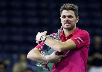 Djokovic líder y Federer, cinco años después, fuera del top 5