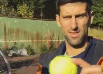 Djokovic empezó en este muro, hoy acribillado por las balas