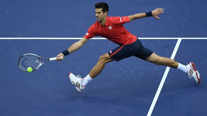 Djokovic sufre ante Zverev pero logra el pase a semifinales