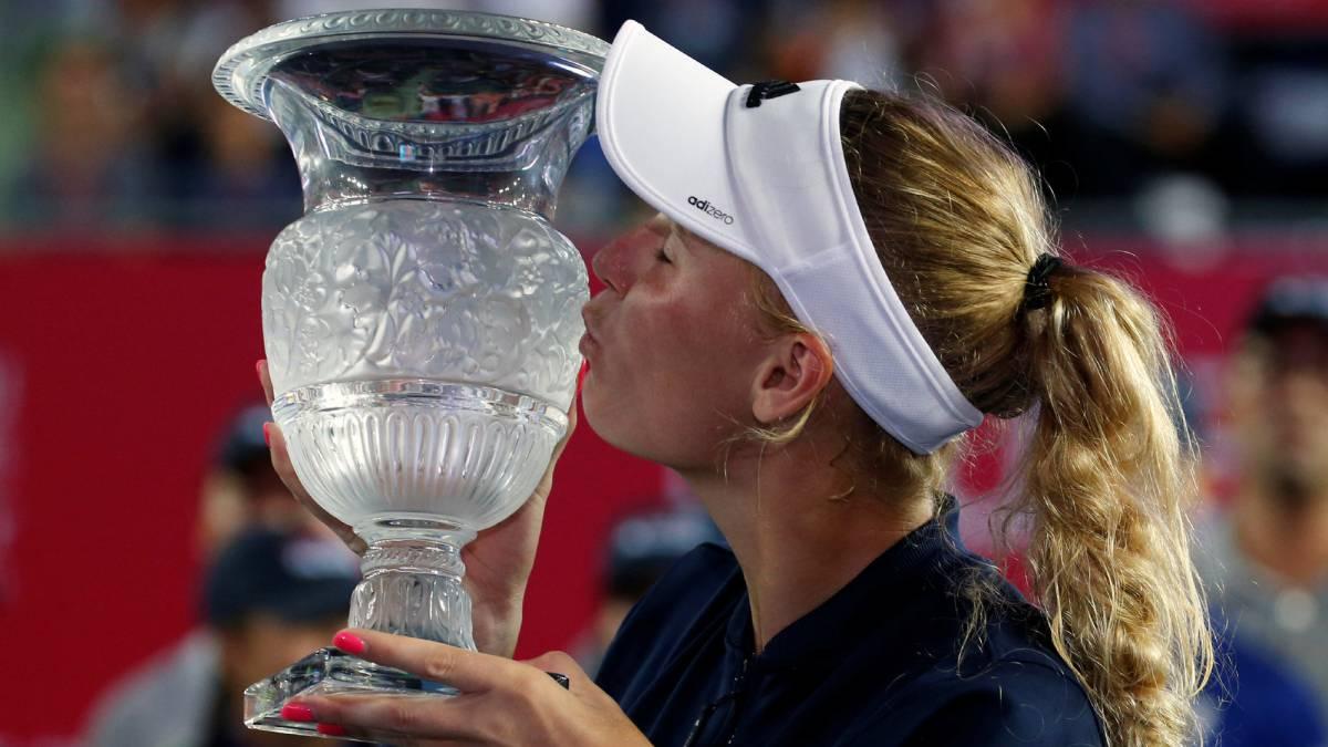 Wozniacki gana segundo título en un mes, ahora en Hong Kong