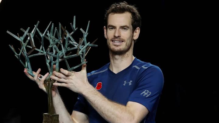 Murray celebra el nº1 con otro título y distancia a Djokovic