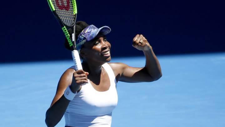 Venus Williams celebra su victoria ante Mona Barthel.