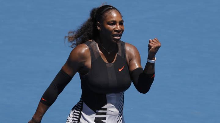 Serena Williams se llevó el partido ante Barbora Strycova.