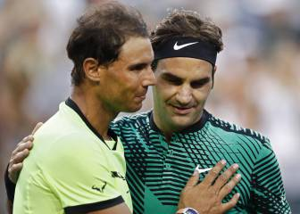 Roger stuns Rafa as old foes meet again