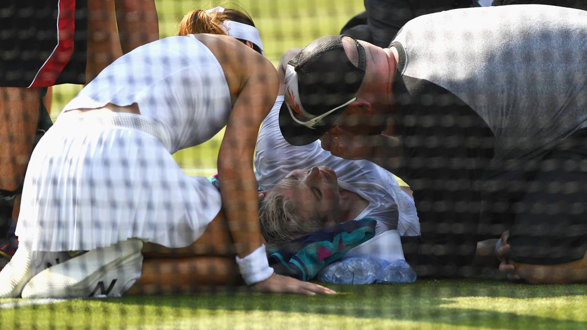 Bethanie Mattek-Sands Suffered a Brutal Leg Injury at Wimbledon