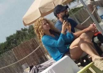 Sin Champions, Piqué y Shakira 'pillados' en Ibiza de vacaciones