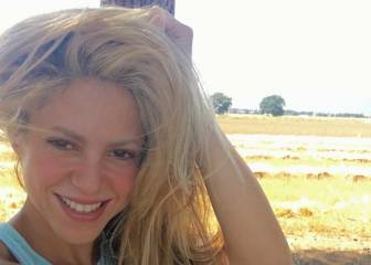Piqué se 'burla' de las poses de Shakira haciéndose este selfie