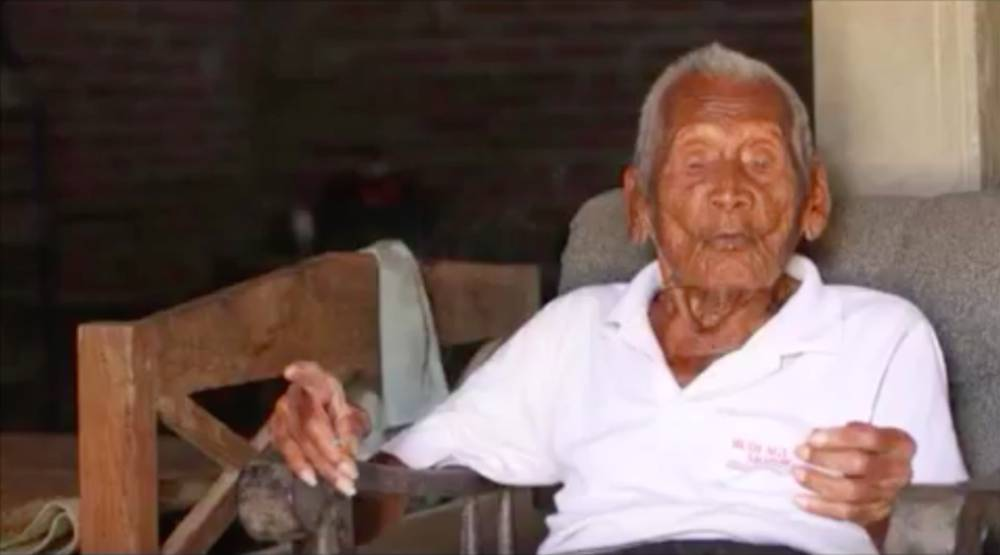 El hombre más viejo del mundo tiene 145 años y es indonesio - AS.com