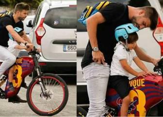 Piqué recoge a su hijo Milan del colegio en la bicicleta más culé