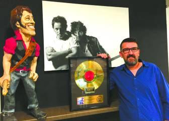 Un fan de Springsteen transforma su pueblo como homenaje al 'Boss'