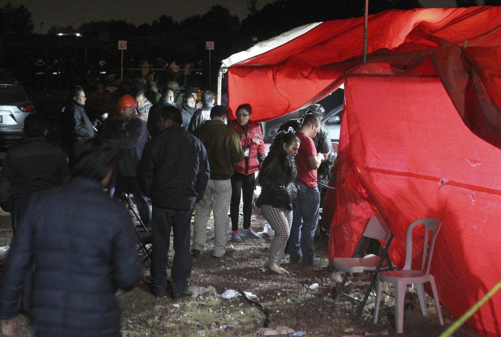 Hospital de Campaña en Tultepec (México) para atender a los heridos