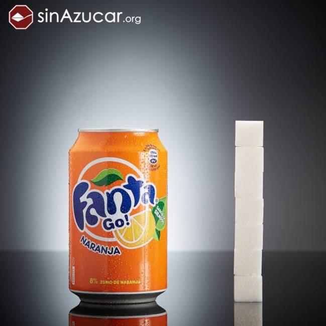 Una lata de Fanta equivale a ingerir 7 terrones de azúcar