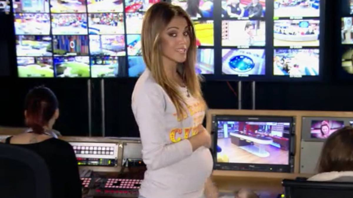 47cd07538d Lara Álvarez rompe con su novio y luce tripita de embarazada - AS.com