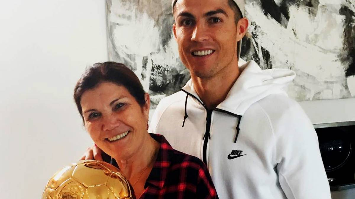 Instagram La Madre De Cristiano Se Cambia De Equipo As Com