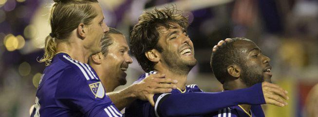 Kaká regresó y protagonizó una noche de ensueño