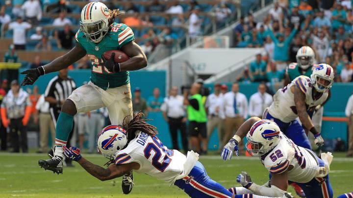 Los Dolphins corren con Ajayi por encima de los Bills
