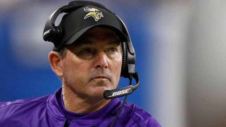 Mike Zimmer, entrenador de Vikings, operado de urgencia