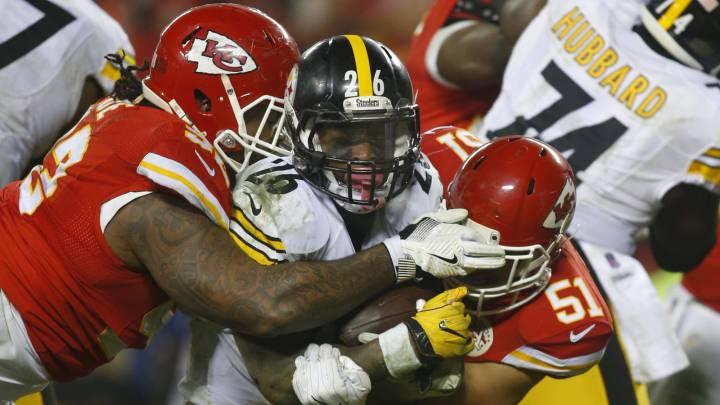Detener a Le\'Veon Bell será una prioridad para la defensa de los Patriots en su duelo contra los Steelers en la final de conferencia de la AFC.
