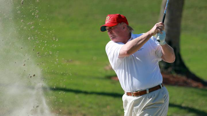Donald Trump... un gran tramposo jugando al Golf
