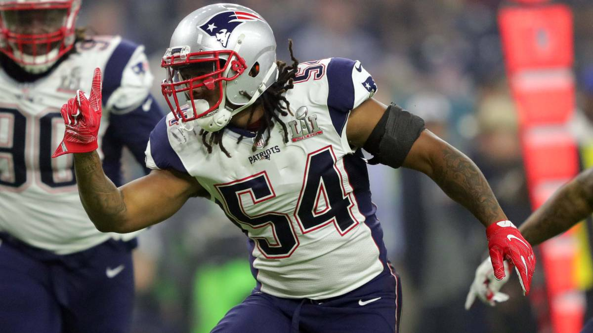 Dont'a Hightower firma con los New England Patriots