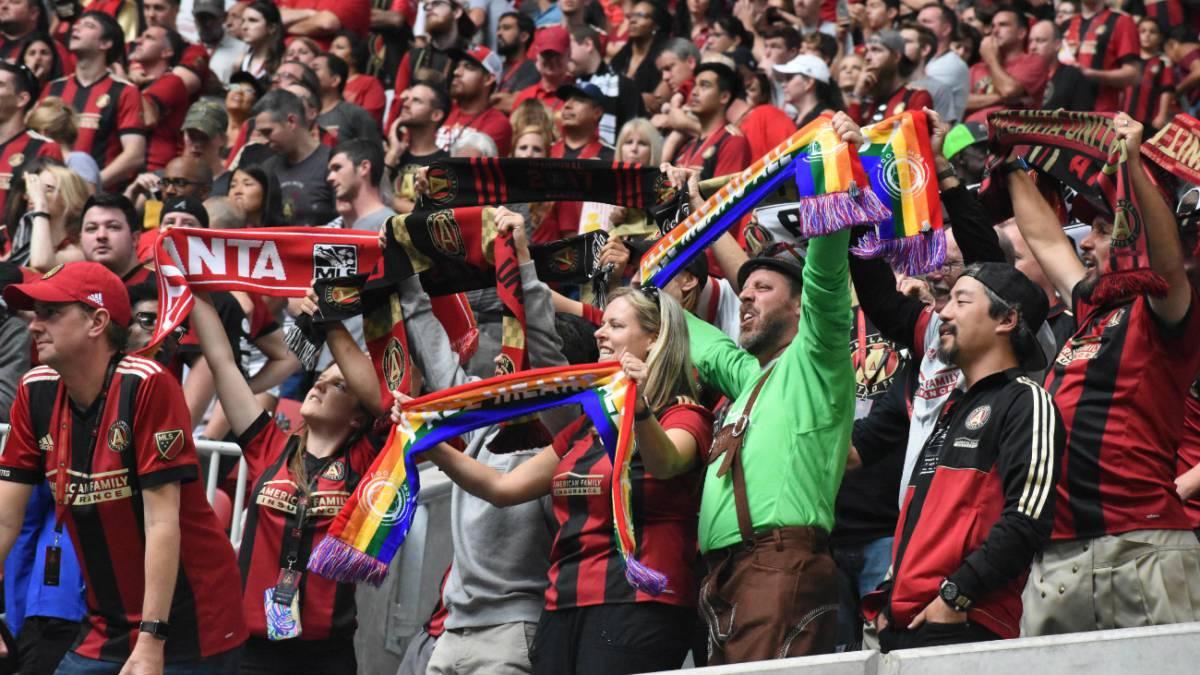 Atlanta United llama la atención de la comunidad LGBT - AS USA 9c36c048028