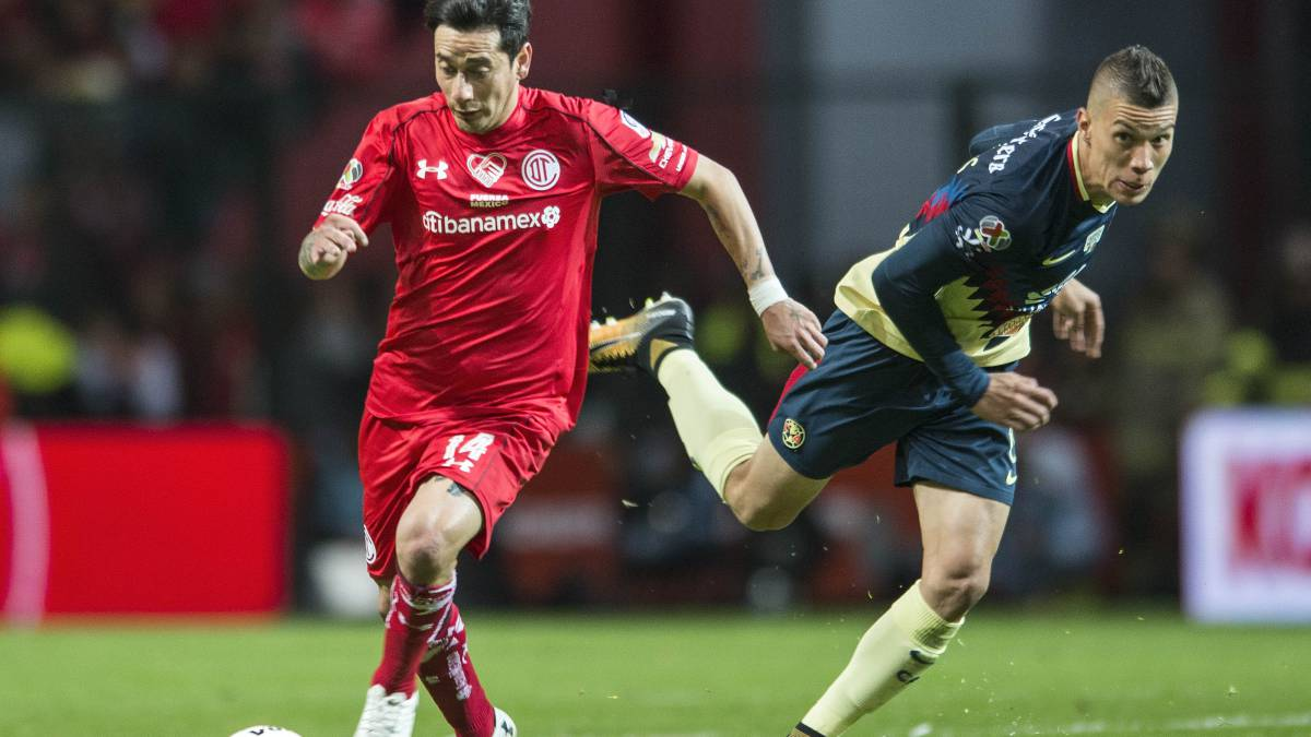 Osvaldo González le quitó el invicto a América en el Estadio Azteca