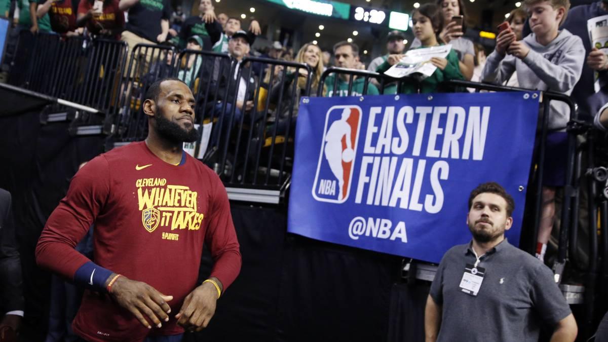 Love espera LeBron responda y Cavaliers sopesan cambios