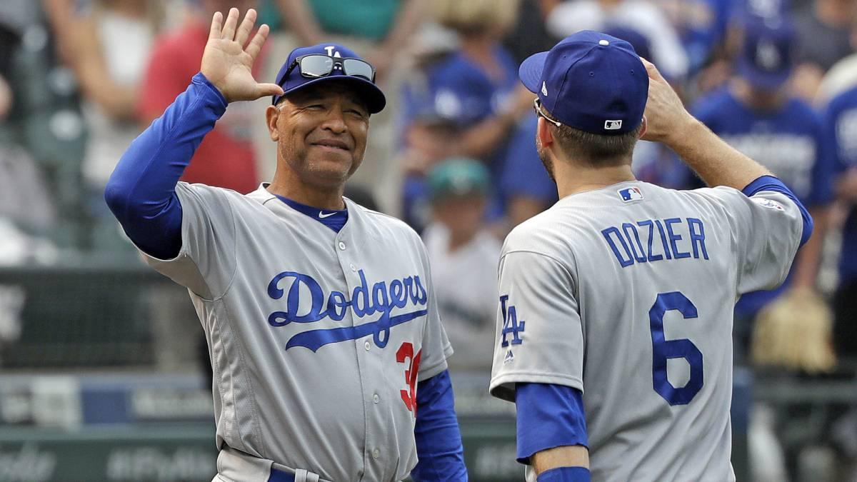 Dave Roberts cuatro años más con Los Angeles Dodgers
