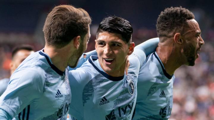 Alan Pulido anota el segundo gol de su carrera con SKC