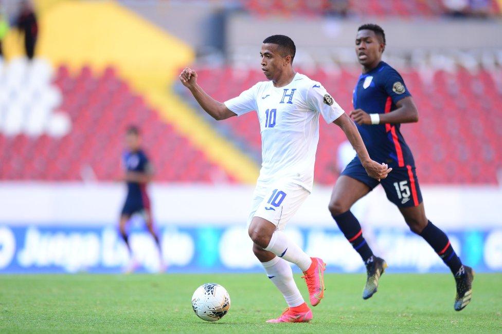La selección de fútbol de Estados Unidos se enfrentó este domingo a Honduras en las semifinales del Preolímpico de Concacaf.
