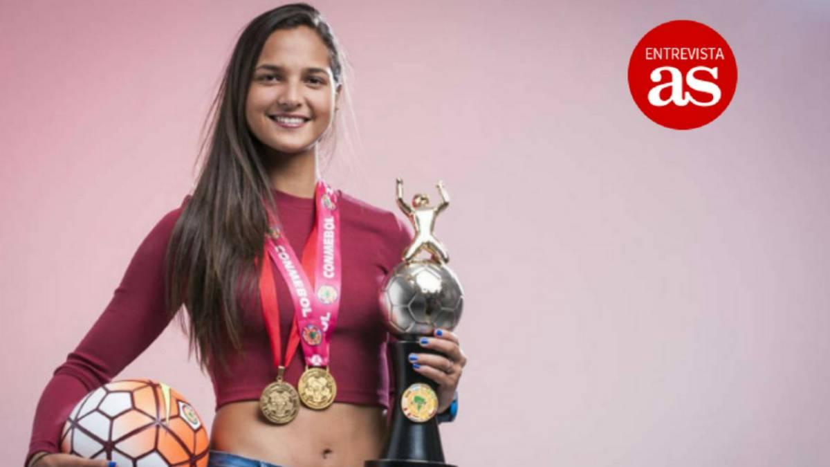 Estoy orgullosa de representar a Venezuela en FIFA the Best — Deyna Castellanos