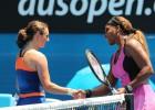 Serena Willams ganó por la vía rápida a la serbia Dolnoc