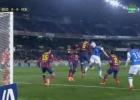 La Real pidió penalti por mano de Piqué en el primer tiempo