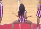 Las cheerleaders del Estrella Roja hacen 'twerk' inolvidable