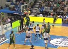 Fran Vázquez y Unicaja arrollan a Gipuzkoa Basket