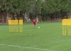 ¿Y si Ricardo Carvalho clavara faltas con la zurda?