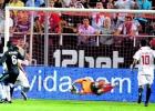 Las paradas mágicas de Casillas en la historia de la Liga