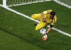 Sergio Romero se viste de héroe en la tanda de penaltis
